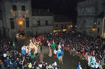 Cabalgata de Reyes en Santillana del Mar_243